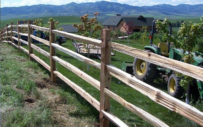4-rail fence with 10' rails